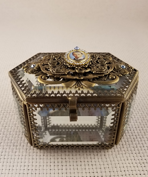 "Photo of ""Heaven Sent"" Large Glass Rosary Box"