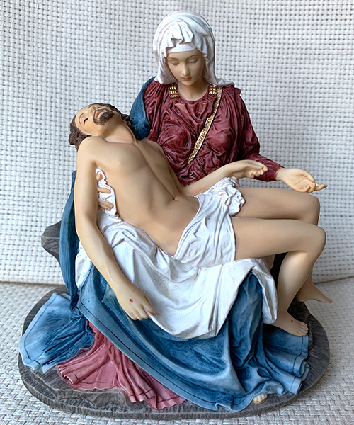 Full color Pieta statue